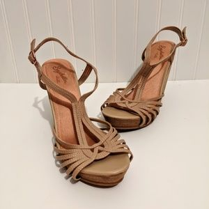 Seychelles Beige Stacked Wedge Sandals Size 8 1/2